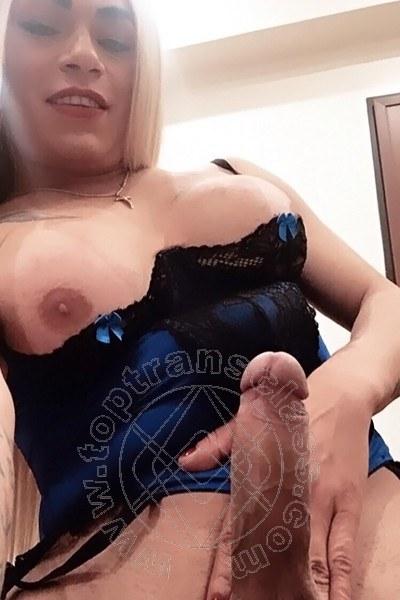 Trans Nicoly selfie hot Trans 2