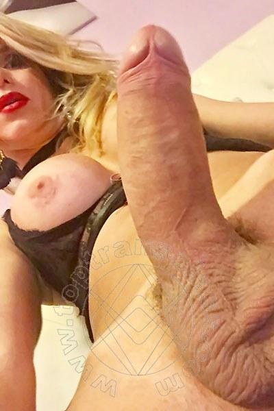 Trans Gisele Hunzinker Xxl Pornostar selfie hot Trans 37